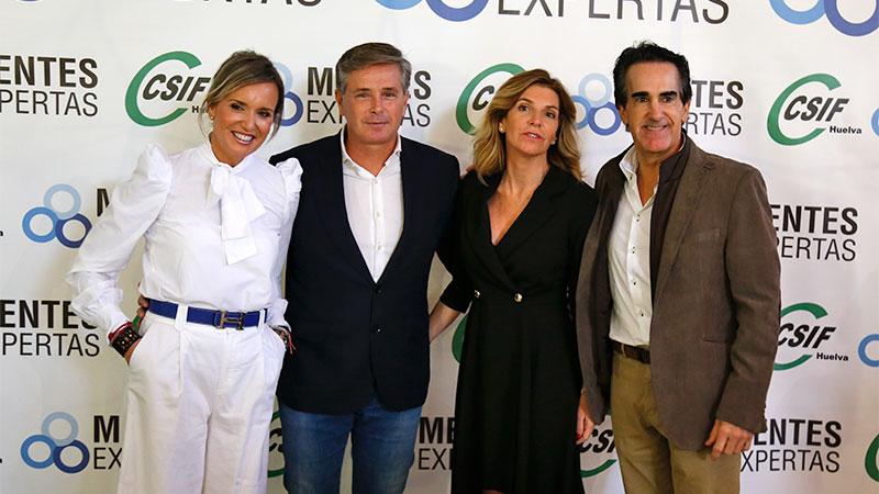 """Colgamos el cartel de """"aforo completo"""" en la Casa Colon de Huelva Octubre 2019"""